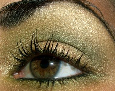 Mac Cosmetics Smokey Green Gold Look With Indianwood