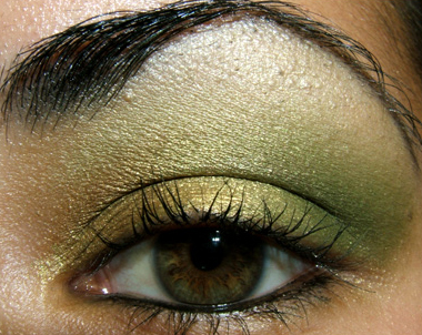 brown and gold makeup. You will need: Golden Olive
