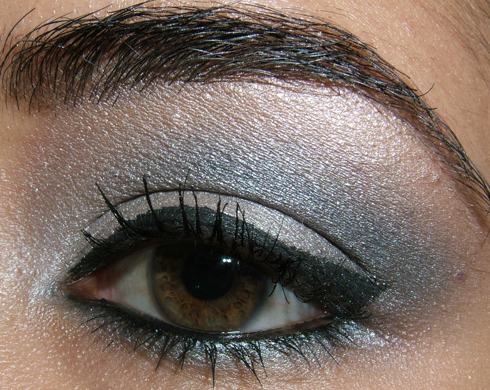 Smokey Eye Makeup Steps. Silver/gray smokey eyes video