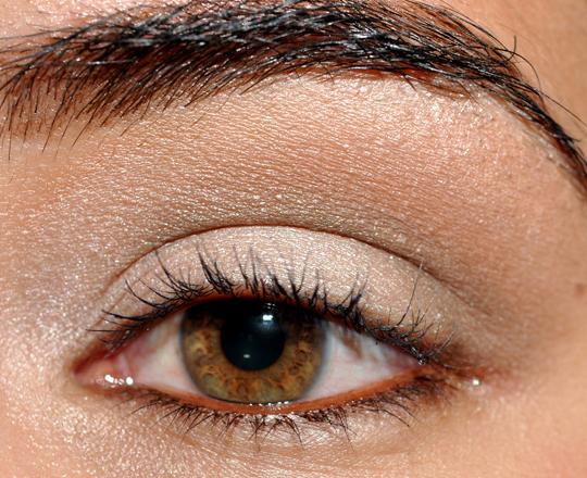 comment se maquiller yeux en amande