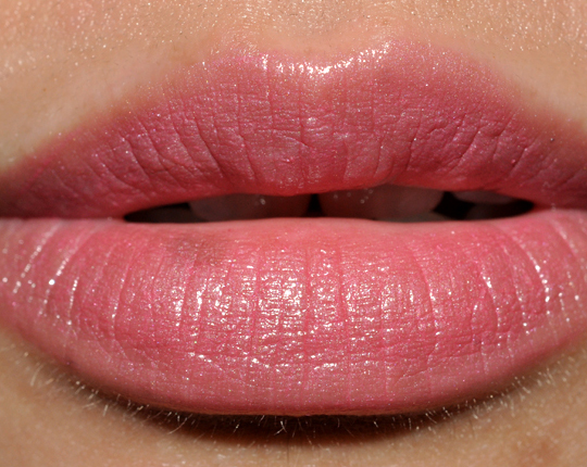 L'Oreal Pucker Up Pink Color Riche Anti-Aging Serum Lipstick