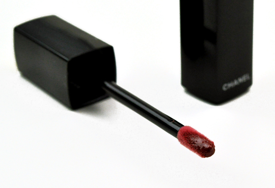 Chanel Extrait de Gloss