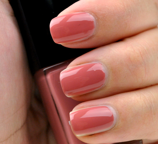 Chanel Rose Confidential Le Vernis
