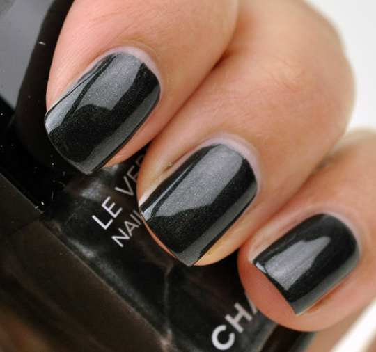 Chanel Steel Le Vernis