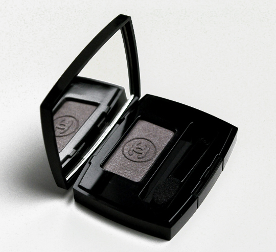 Chanel Taupe Gris Eyeshadow