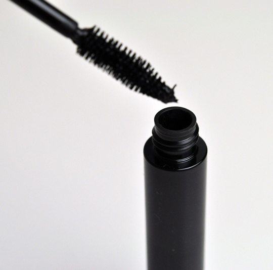 MAC Haute & Naughty Mascara