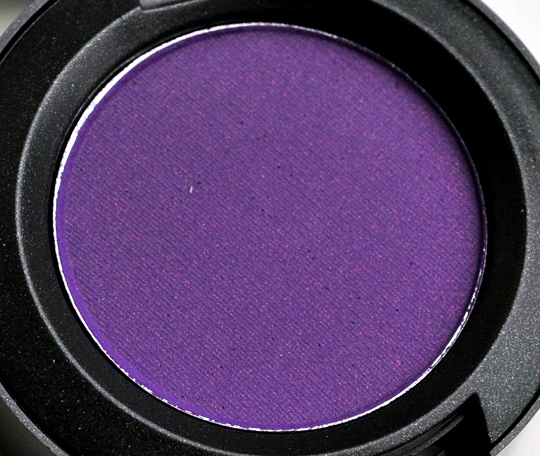 http://www.temptalia.com/images/fall2010/review_daretowear069.jpg