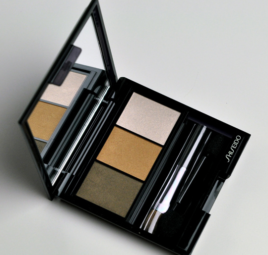 Shiseido BR307 Strata Eye Color Trio