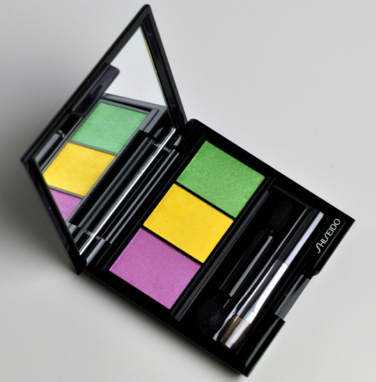 Shiseido YE406 Tropicallia Eyeshadow Trio