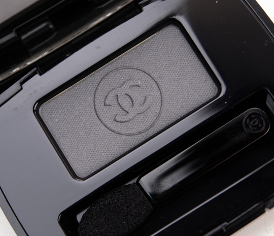 Chanel Gris Exquis Ombre Essentielle / Soft Touch Eyeshadow