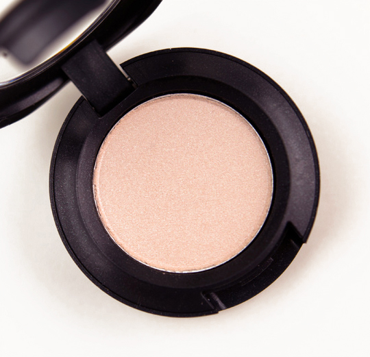 MAC Creamy Bisque Eyeshadow