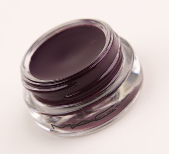 MAC Hyperviolet Paint Pot