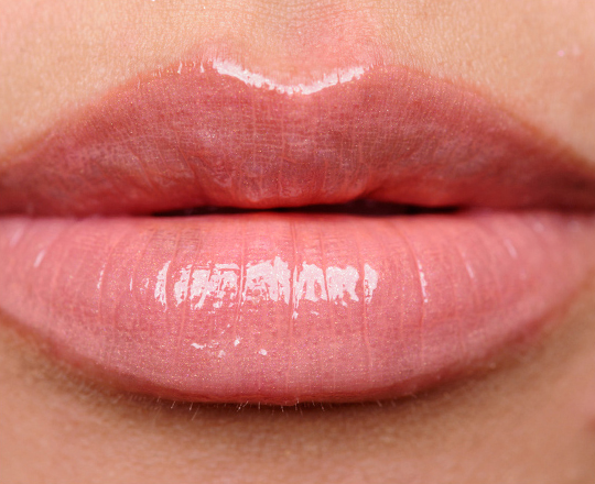 Chanel Caprice Rouge Allure Extrait de Gloss