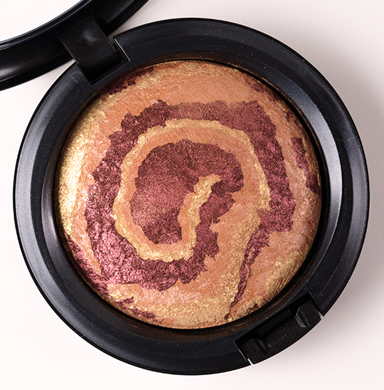 MAC Earthshine Mineralize Skinfinish