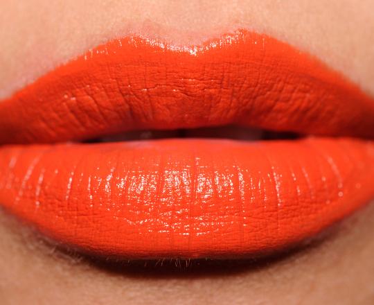 MAC Fashion Nomad Mattene Lipstick
