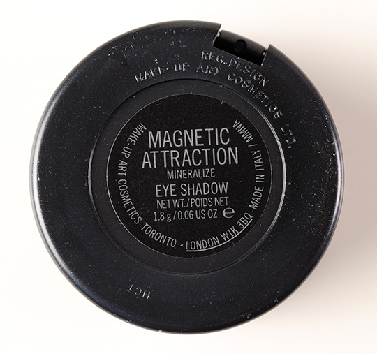 MAC Magnetic Attraction Mineralize Eyeshadow
