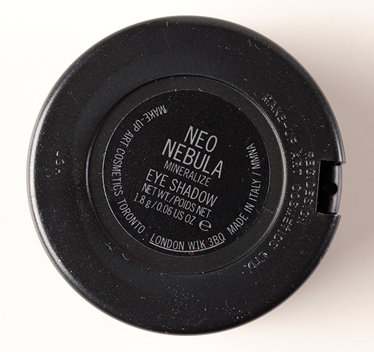 MAC Neo Nebula Mineralize Eyeshadow