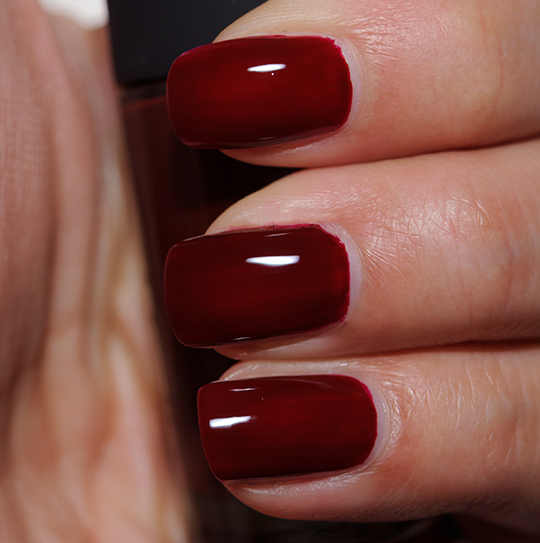 MAC Underfire Red Nail Lacquer