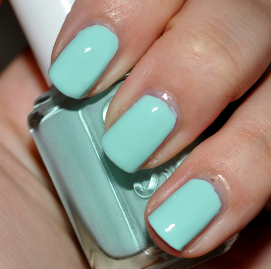 Essie Mint Candy Apple Nail Lacquer