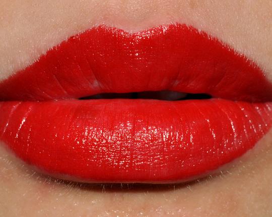 MAC Classic Dame Lipstick