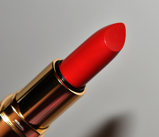Bobbi Brown Hollywood Red Lip Color