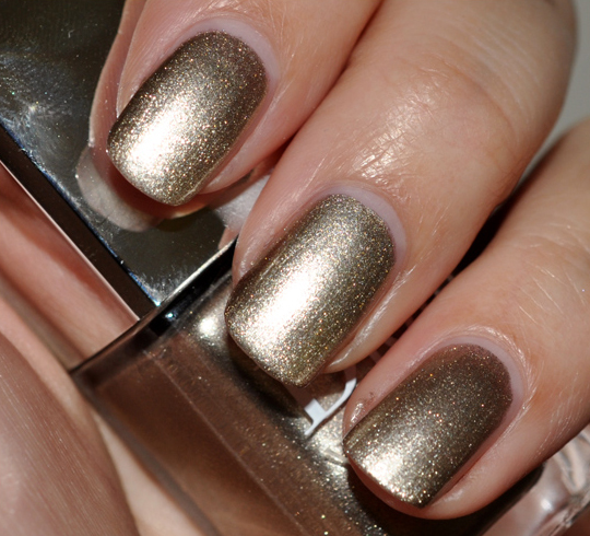 Dior Timeless Gold Nail Lacquer