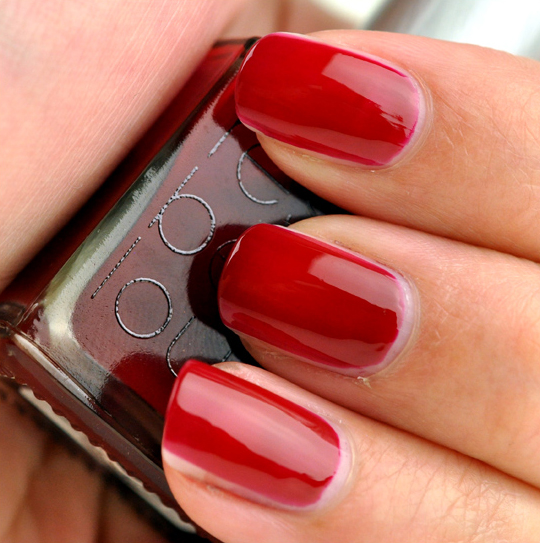 Rescue Beauty Lounge Glamourpuss Nail Lacquer