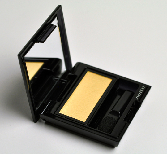 Shiseido GD824 Eyeshadow