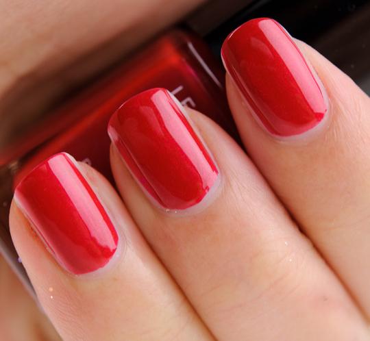 Chanel Rouge Carat Le Vernis