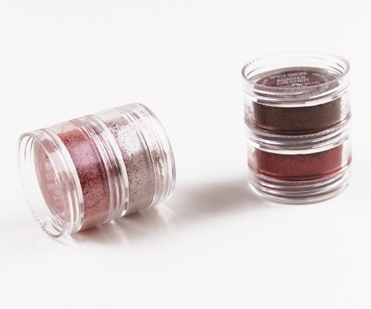 MAC Smoky Berry Crushed Metallic Pigment Kit
