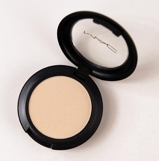 MAC Carefree Pro Longwear Eyeshadow