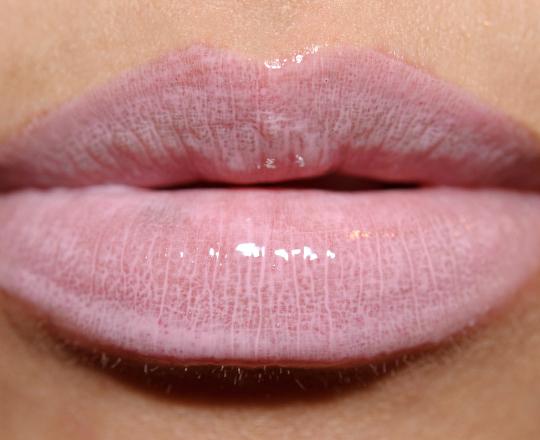 MAC Pink Fade Lipglass