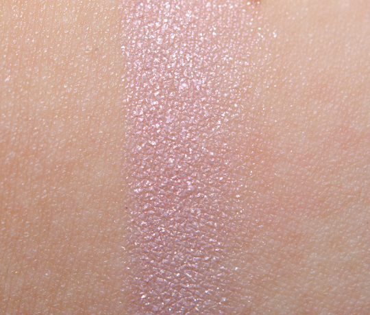 MAC Pearl Iced Delights Eye Bag