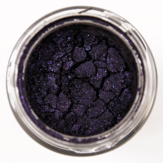 MAC Starless Night Pigment