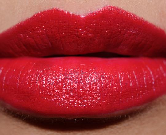 NYX Chic Red Round Lipstick