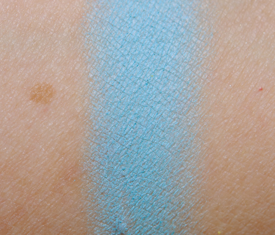 NYX Cool Blue Eyeshadow