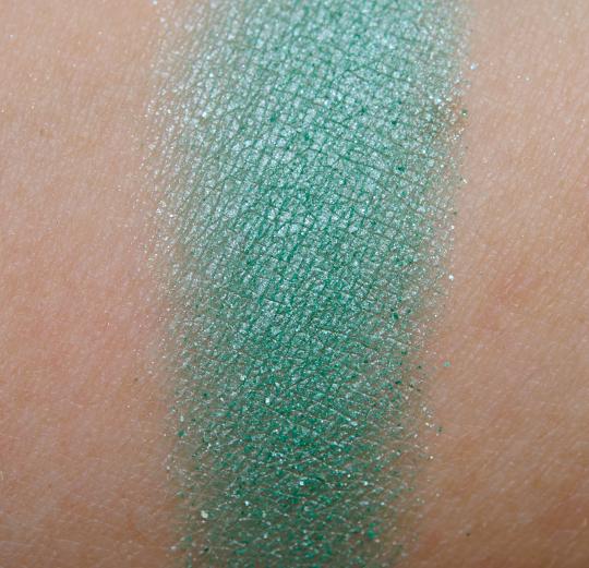 NYX Seafoam Green Eyeshadow