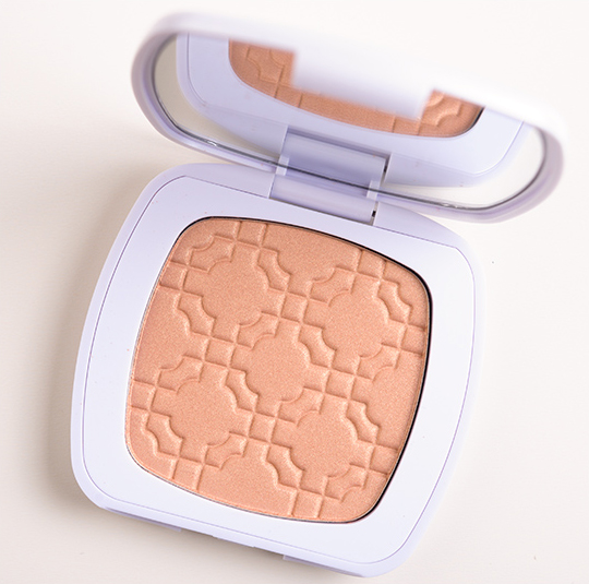 bareMinerals The Love Affair Luminizer