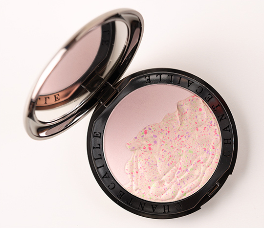 Chantecaille Rose Petals (Les Petales de Rose) Illuminating Face Powder