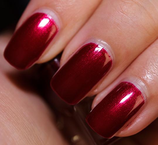 Le Metier de Beaute Dynasty Nail Lacquer