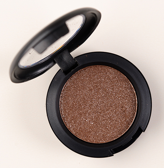 MAC Deeply Dashing Pressed Pigment