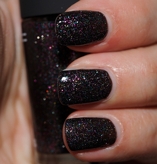 MAC Everything That Glitters Nail Lacquer