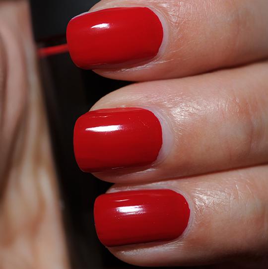 MAC Flaming Rose Nail Lacquer