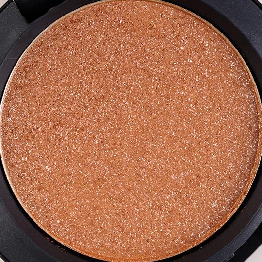 MAC Spot Lit Pressed Pigment