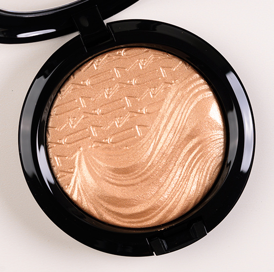 MAC Whisper of Gilt Extra Dimension Skinfinish/Highlighter
