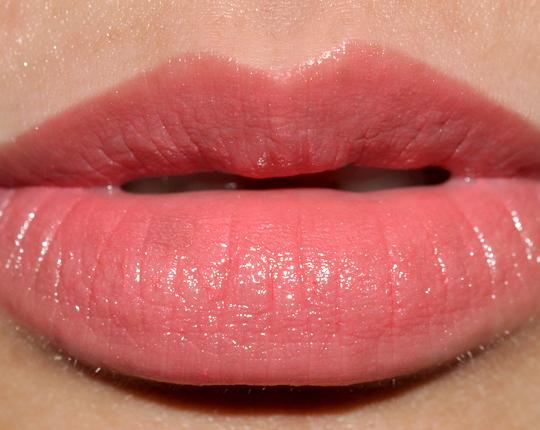 17a314b8bd3 Guerlain Rouge G de Brilliant Lipstick Review
