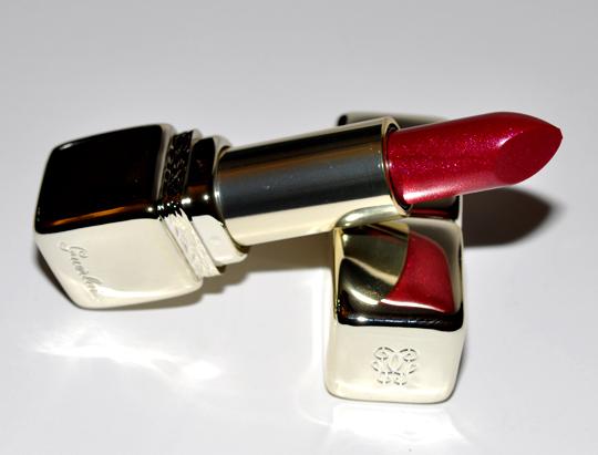 Guerlain Rouge Broderie Kiss Kiss Strass Lipstick