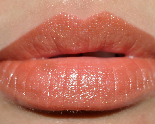 MAC Honeyflower Lipstick