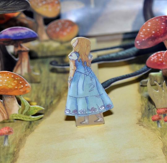 Urban Decay Alice in Wonderland Eyeshadow Palette