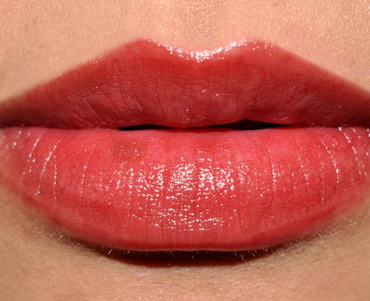 Estee Lauder Plum Fizz Lipstick